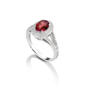 anello in oro bianco con rubino e diamanti